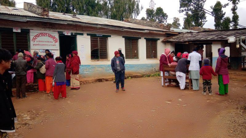 अस्पतालको विजोग ः करारका स्वास्थ्यकर्मीको भरमा अस्पताल