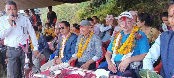 पुर्व गाजस प्रमुख सहित नेकपा परित्याग गरि ४५ जना नेपाली काँग्रेसमा प्रवेश