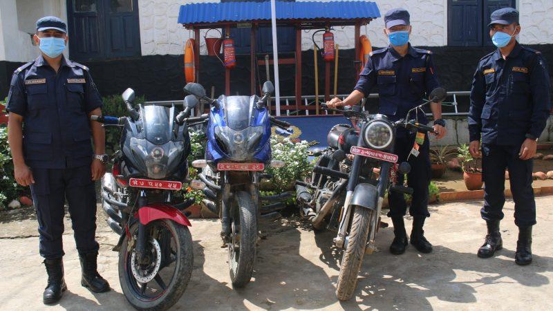चोरीका मोटर साईकल बरामद
